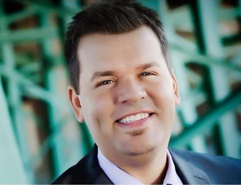 Wesley Smith named tenor for The New Dove Brothers