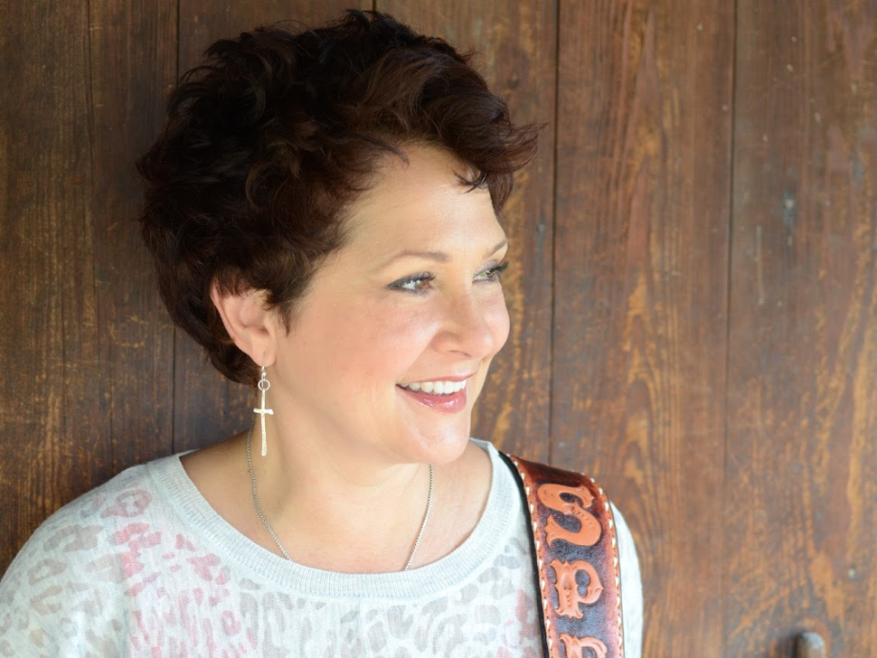 Song Garden Music Group is thrilled to announce the signing of Allison Speer to the Garden!