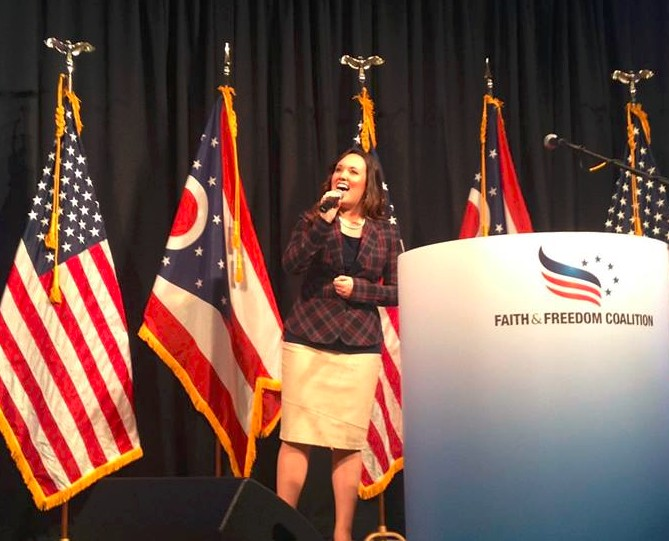 Fayth Lore Performs National Anthem at Faith and Freedom Coalition Event in Ohio