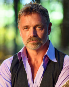 John Schneider is Recycling Grace