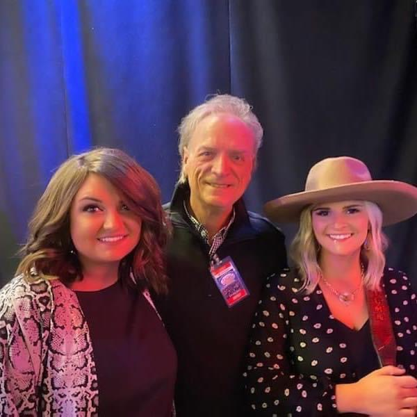 Jerry Thompson with daughters Autumn and Amber