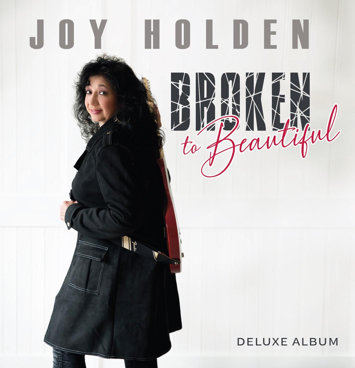"Joy Holden Releases New Lyric Video ""Smiling Inside"""